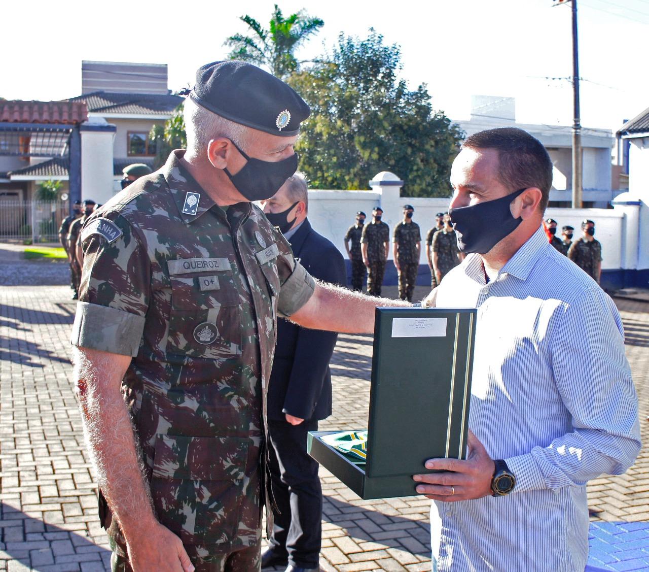 Reconhecimento militar